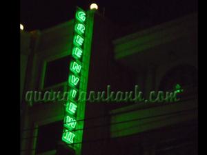 Thi công quảng cáo bảng hiệu đèn Neon sign